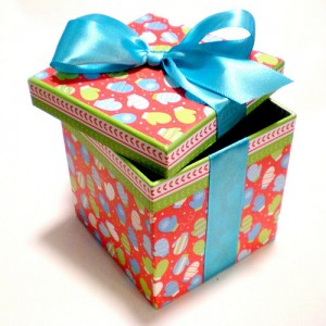 Gift box by passitonplates photostream
